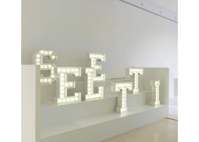 Lettres lumineuses Vegaz SELETTI x 7
